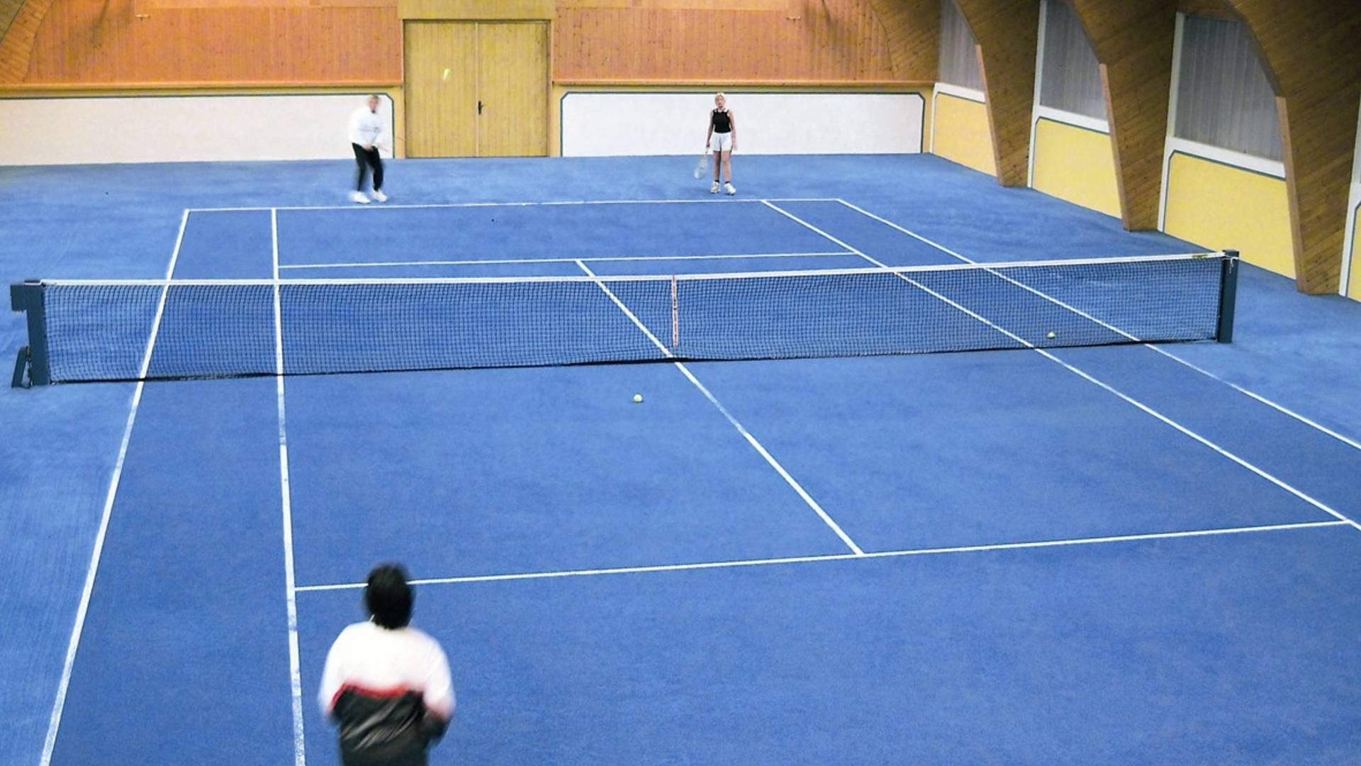 Tennishalle 2 Copyright Hotel Moselebauer